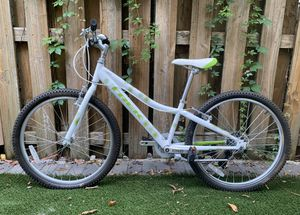 """TREK MT 200 BIKE WITH 24"""" WHEELS! PRICE IS FIRM! for Sale in Fort Lauderdale, FL"""