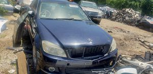 09 Mercedes C300 for parts for Sale in Mesquite, TX