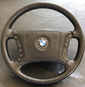2003 BMW 325I Steering Wheel for Sale in Palmdale, CA