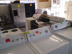 Kenmore washer and dryer fully functional like new gently used for Sale in Fresno, CA