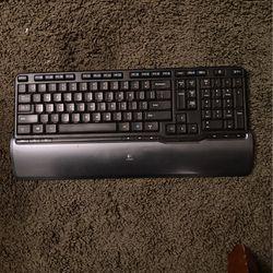 Wireless Logitech keyboard for Sale in Riverside,  CA