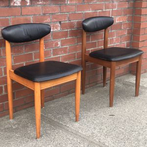 Vintage Mid Century Modern Chairs Set Of 2 UK Import Seattle for Sale in Seattle, WA