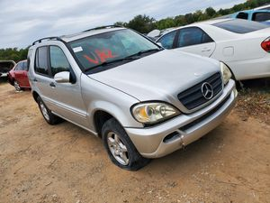 2003 Mercedes Benz ml350 for parts for Sale in Dallas, TX