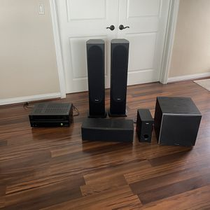 Onkyo Surround Receiver And Speakers for Sale in San Diego, CA
