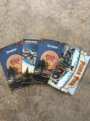 Vendo tickets para Disneyland para los dos parques (park hoppers) 125 cada uno dime cuantos quieres y cuando for Sale in Anaheim, CA