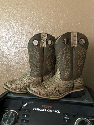 Smokey Mountain boots for Sale in Fort McDowell, AZ