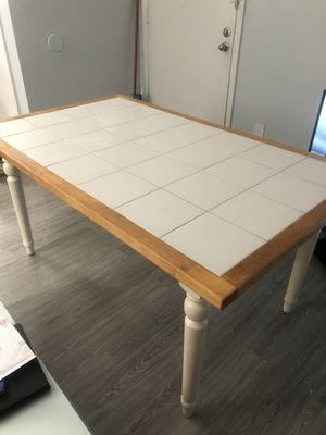 Large Breakfast Table for Sale in Pasadena, TX