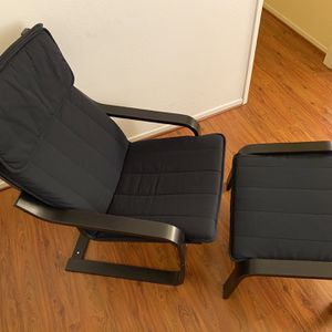 Like New! Ikea Poang Chair and Ottoman - Black for Sale in San Diego, CA