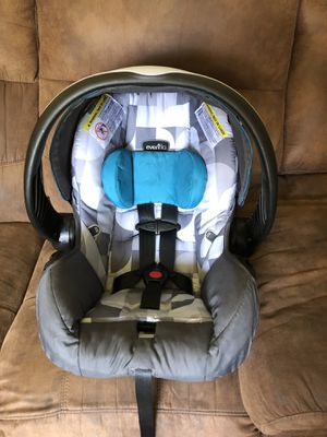 EvenFlo Embrace infant car seat for Sale in Virginia Beach, VA