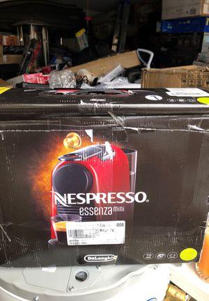 Nespresso coffee maker for Sale in Phoenix, AZ