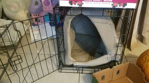 Small dog cage and house to be warm for Sale in South Gate, CA