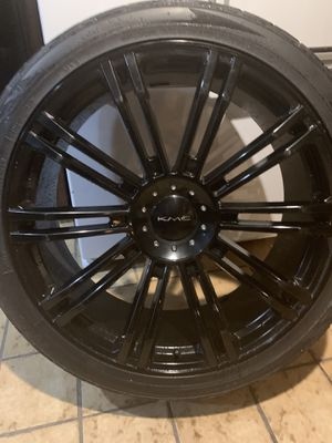 KMC RIMS WERE WITH TOYO TIRES GOOD TREAD for Sale in Norco, CA