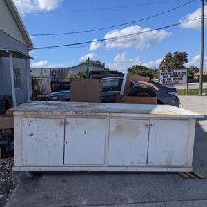 Large Counter/table for Sale in Winter Haven, FL