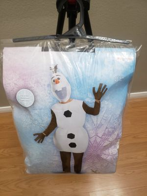 Disney frozen Olaf deluxe adult adult costume for Sale in Highland, CA