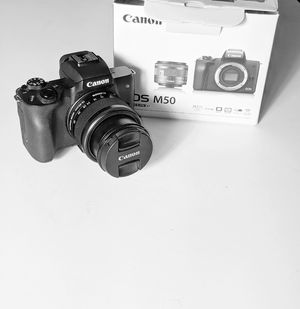 Canon EOS M50 for Sale in Los Angeles, CA