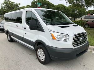 """Awesome condition2018 Ford Transit Passenger Wagon T-350 148"""" Low Roof XL Swing-Out RH Dr 15 passenger clean title good miles about 29k for Sale in Hollywood, FL"""