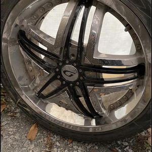 "18"" Universal rims for Sale in Providence, RI"