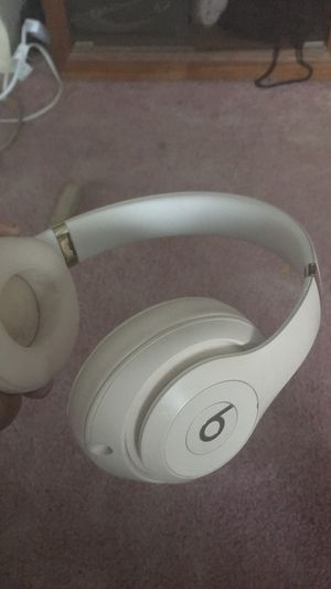 Beats studio 3s for Sale in Dundalk, MD