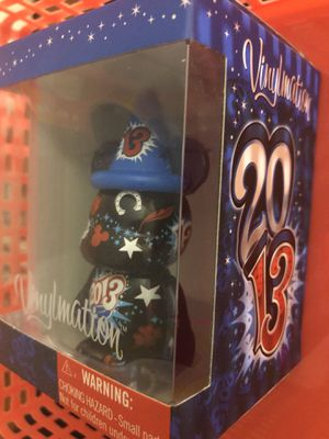 """DISNEY WORLD VINYLMATION 3"""" 2013 DO YOU BELIEVE IN MAGIC LUCKY 13 (Blue) for Sale in Maitland, FL"""