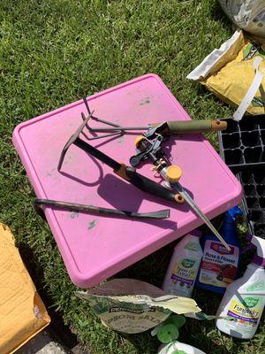3 garden tools for Sale in Brandon, FL