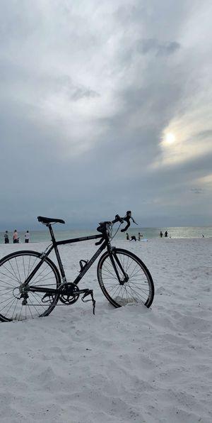 Road bike 55 -54 size great condition for Sale in Orlando, FL