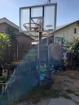 Free basketball court for Sale in Vernon, CA