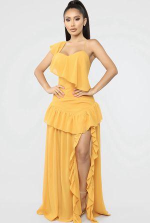 Fashion nova dress. Brand new. Size small. for Sale in Lithonia, GA