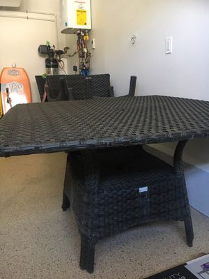 Outdoor Furniture Wicker Patio Set, PICK UP IN MISSION BEACH. for Sale in San Diego, CA