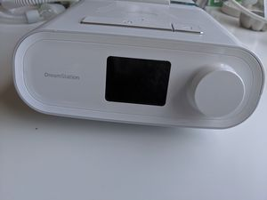 Philips RESPIRONICS DREAMSTATION DSX500T11 AUTO CPAP MACHINE WITH ACCESSORIES for Sale in Boca Raton, FL