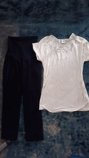 Maternity clothes for Sale in Concord, CA