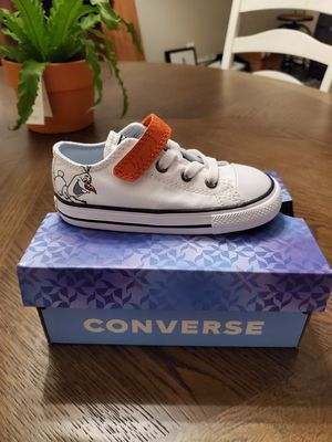 Converse Olaf shoes toddler size 8 for Sale in Land O' Lakes, FL