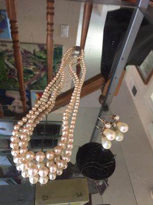 Vintage pearl necklace & earrings for Sale in Rancho Cucamonga, CA