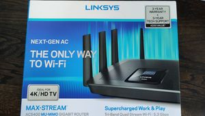 Linksys EA9500 Tri-band router AC5400 for Sale in Nashville, TN