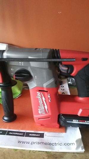 Milwaukee rotary hammer and battery for Sale in Webberville, TX