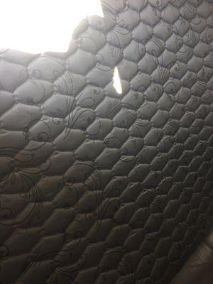 Brand new king size r v mattress for Sale in Otisville, MI