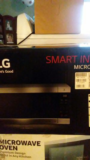 LG Smart Inverter microwave oven for Sale in Reed City, MI