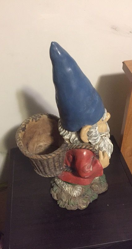 Flower pot garden gnome