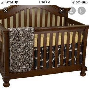 Baby crib bed and Changing table for Sale in Redwood City, CA