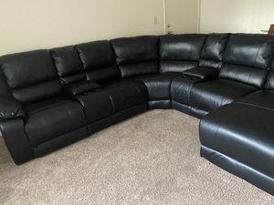 Sofa color black for Sale in Hemet, CA