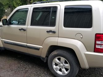 2010 Jeep Liberty 4x4 for Sale in Colton,  OR