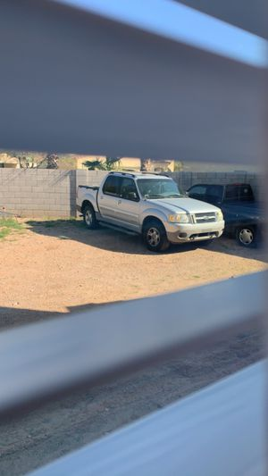 2001 FORD EXPLORER SPORT TRAC 4x4 for Sale in Gilbert, AZ
