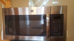 GE® Series 1.7 Cu. Ft. Over-the-Range Microwave Oven for Sale in Herndon, VA
