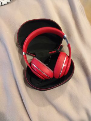 Beats by Dr. Dre Beats B0500 Beats By Dre(tm) Over-ear Headphones for Sale in Tacoma, WA