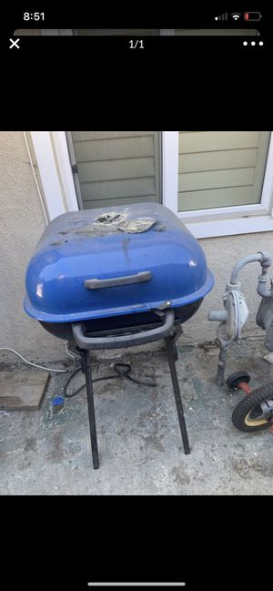BBQ grill for Sale in Claremont, CA