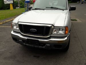 2004 Ford Ranger extra cab four-wheel drive automatic transmission 6 cylinder 214 thousand miles good frame runs well good tires nobody rust 2700 for Sale in Meriden, CT