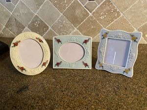 Picture frames set/3 for Sale in Fresno, CA