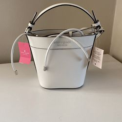 Kate Spade Small Bucket Bag for Sale in Falls Church,  VA