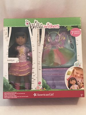 New! Wellie Wishers Doll Ashlyn - 7-Piece Set for Sale in West Chicago, IL