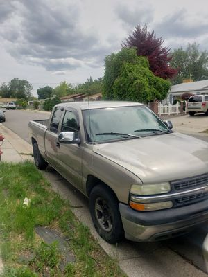 1999 chevy Silverado for Sale in Salt Lake City, UT