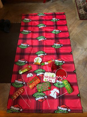Grinch Themed accessory decor and backdrop for Sale in Dearborn Heights, MI